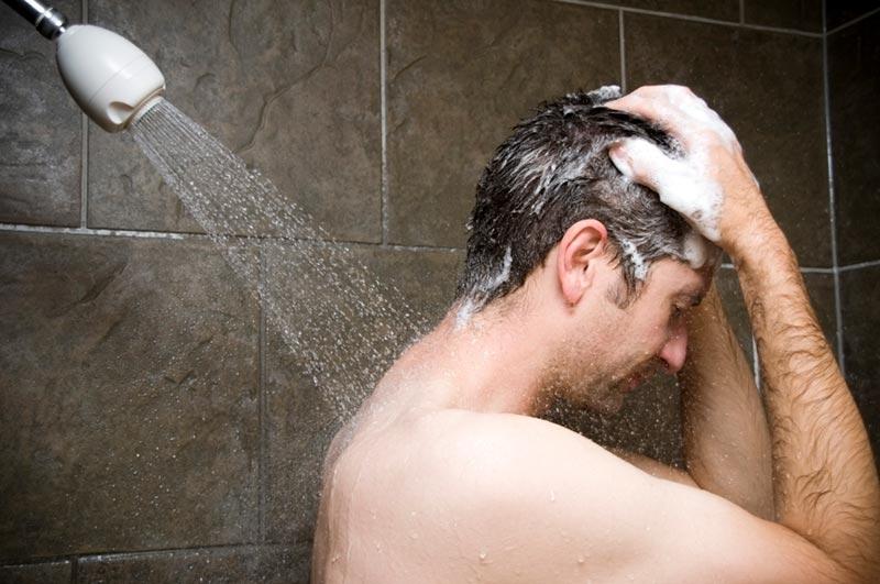 beneficios ducha agua caliente fría