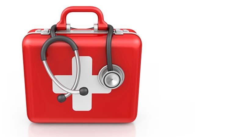 ¿Qué debe contener un Botiquín primeros auxilios?