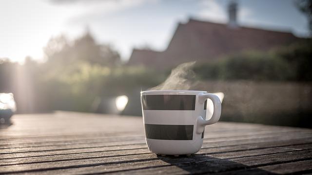 Los beneficios del café y del té en la salud.