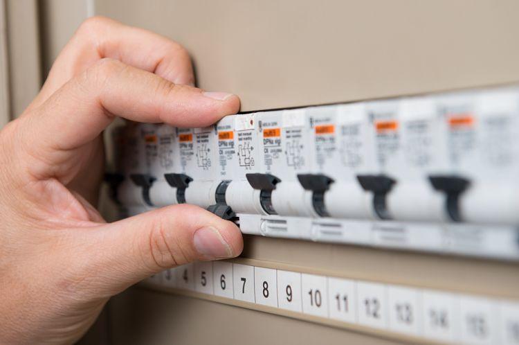 Medidas de prevención de riesgos eléctricos